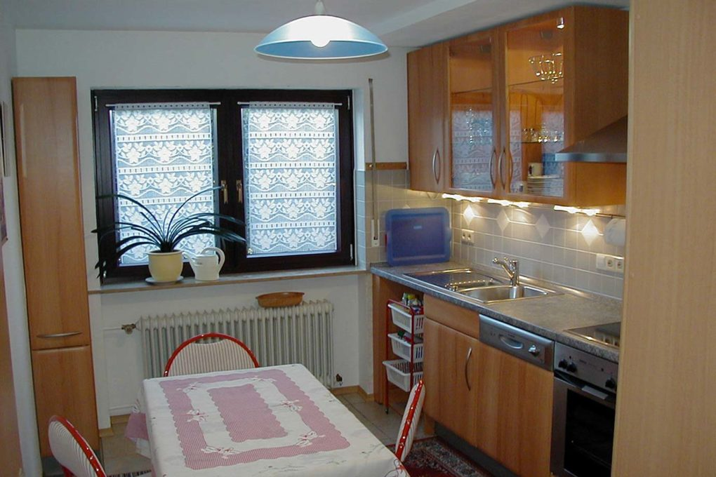 Küche - Ferienwohnung Springer - Bad Mergentheim